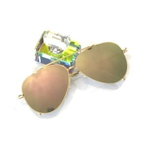 Accessories - Green/gold mirrored aviator sunglasses